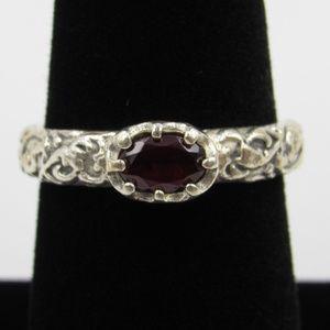 Vintage Size 7 Sterling Garnet Ornate Band Ring